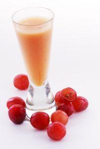 Licuado de papaya y uva anticolesterol