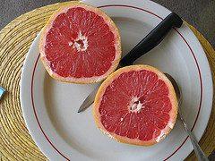 Propiedades de la toronja para reducir el colesterol